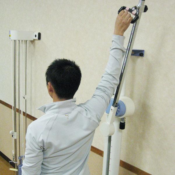 関節可動域の増大、筋力の増強をめざす